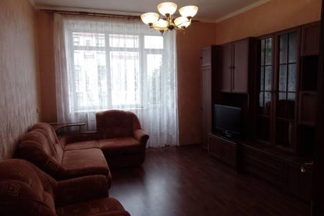 Сдается 2-комнатная квартира посуточнов Тюмени, улица Ленина, 69А.
