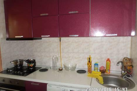 Сдается 2-комнатная квартира посуточно в Гаспре, улица Маратовская, 59.