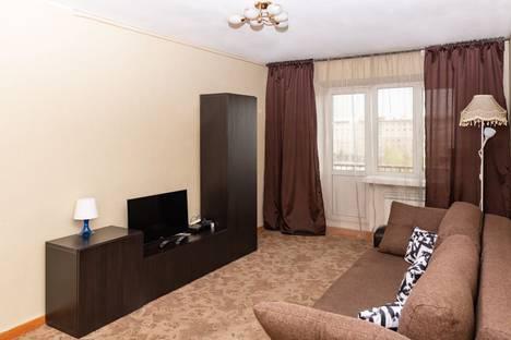Сдается 2-комнатная квартира посуточно в Новосибирске, улица Орджоникидзе, 27.