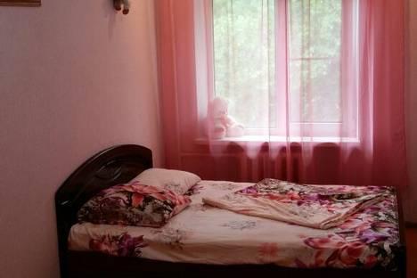 Сдается 2-комнатная квартира посуточно в Туапсе, улица К. Цеткин, 1.