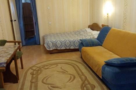 Сдается 1-комнатная квартира посуточно в Гурзуфе, Крым,улица Подвойского 36.