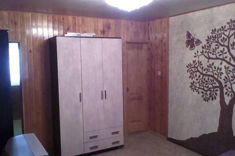 Сдается 2-комнатная квартира посуточнов Сочи, Soch донская 17 а.