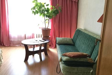 Сдается 2-комнатная квартира посуточно в Гурзуфе, ул. Ленинградская 31.