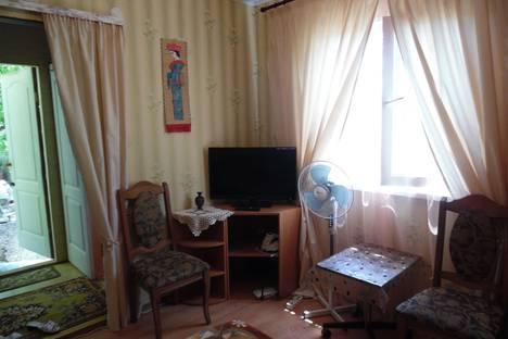 Сдается коттедж посуточно в Севастополе, ул.Катерная 39.