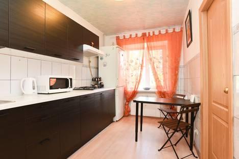 Сдается 2-комнатная квартира посуточнов Екатеринбурге, улица Куйбышева, 88.