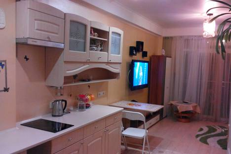 Сдается 1-комнатная квартира посуточнов Гаспре, Маратовская улица, 69б.