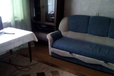 Сдается 2-комнатная квартира посуточнов Екатеринбурге, улица Фрезеровщиков 37.