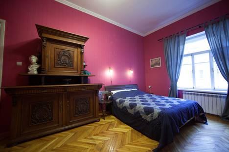 Сдается 2-комнатная квартира посуточнов Санкт-Петербурге, Басков пер., 35.