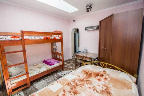Сдается 1-комнатная квартира посуточнов Массандре, ул.Пролетарская 7.