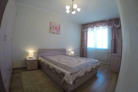 Сдается 2-комнатная квартира посуточно в Красноярске, улица Академика Киренского, 2и.