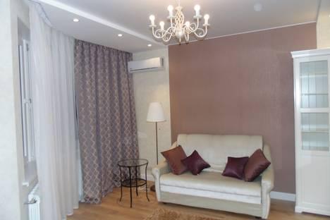 Сдается 2-комнатная квартира посуточнов Красногорске, Красногорский бульвар, 18.