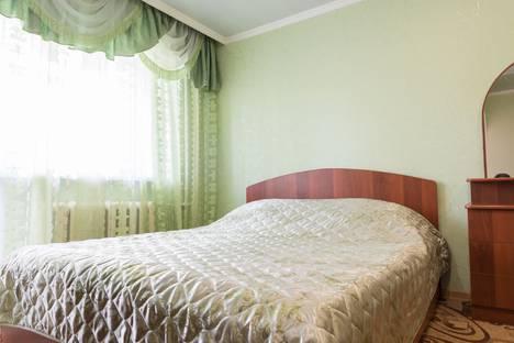 Сдается 1-комнатная квартира посуточно в Кургане, ул. Кирова, 80.