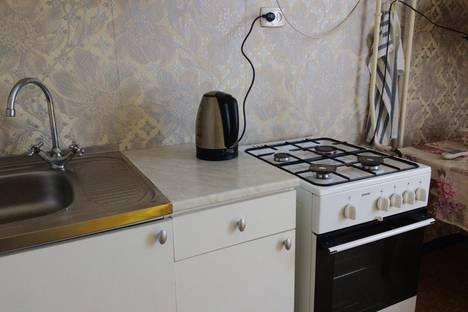 Сдается 1-комнатная квартира посуточнов Санкт-Петербурге, Школьная улица 32.