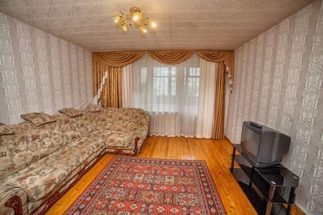 Сдается 3-комнатная квартира посуточно в Смоленске, улица Твардовского, 22Б.