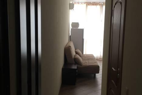 Сдается 1-комнатная квартира посуточнов Сочи, улица Чкалова, 13.