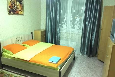 Сдается 1-комнатная квартира посуточно, улица Генерала Варенникова, 4.