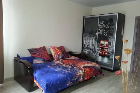 Сдается 1-комнатная квартира посуточно в Старом Осколе, улица Северный микрорайон 35.