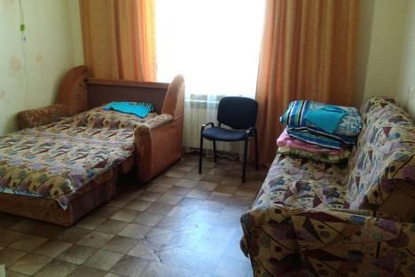 Сдается 2-комнатная квартира посуточнов Новосибирске, улица Колхидская д 31.