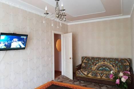 Сдается 1-комнатная квартира посуточно в Старом Осколе, улица Северный микрорайон, 6.