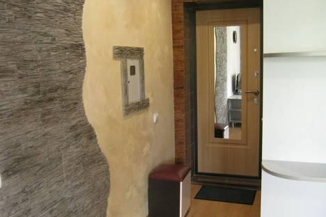 Сдается 1-комнатная квартира посуточнов Новочебоксарске, Молодежная улица, 10.