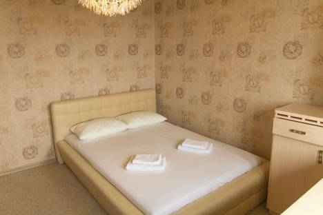Сдается 2-комнатная квартира посуточнов Североморске, улица Новое плато, 18.