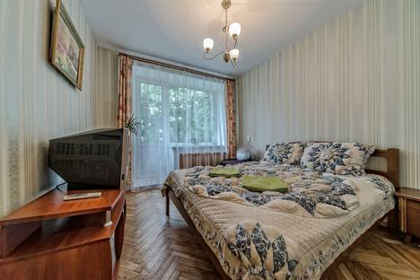 Сдается 2-комнатная квартира посуточнов Санкт-Петербурге, Московский проспект, 199.
