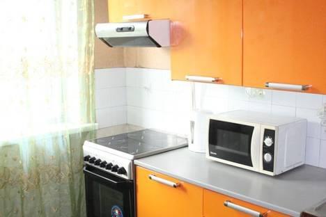 Сдается 2-комнатная квартира посуточно в Ленинске-Кузнецком, улица Пушкина, 6.