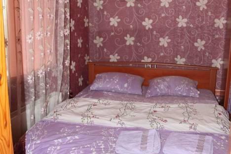 Сдается 3-комнатная квартира посуточнов Ленинске-Кузнецком, улица Шевцовой, 10.