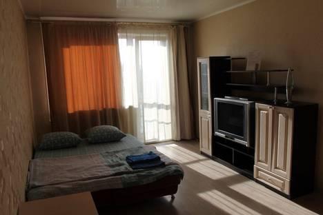 Сдается 1-комнатная квартира посуточнов Ленинске-Кузнецком, улица Зварыгина, 20.