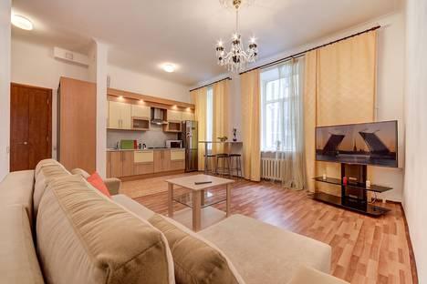 Сдается 2-комнатная квартира посуточнов Санкт-Петербурге, Московский проспект д.4.