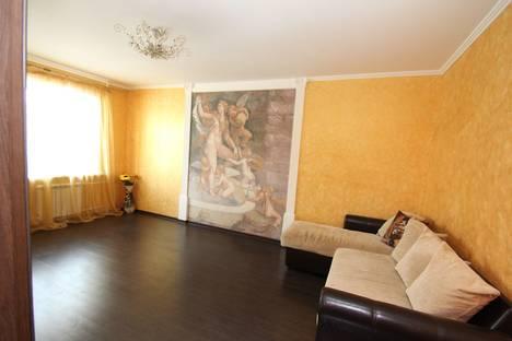 Сдается 2-комнатная квартира посуточнов Оренбурге, улица Салмышская, 32.