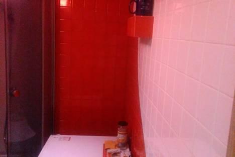 Сдается 2-комнатная квартира посуточнов Солнечногорском, Крым,ул. 50-летия Октября, 6.