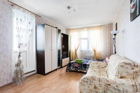 Сдается 2-комнатная квартира посуточно в Химках, Совхозная улица, 18.