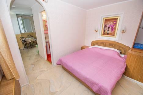 Сдается 1-комнатная квартира посуточнов Отрадном, 7 ул. Подвойского.