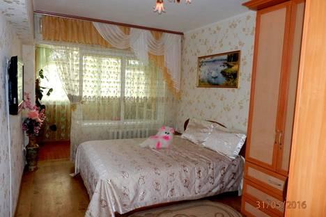 Сдается 2-комнатная квартира посуточно в Гурзуфе, 18 Ореховая улица.