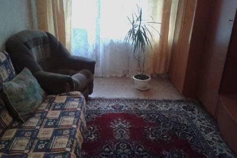 Сдается 1-комнатная квартира посуточнов Новокуйбышевске, улица Победы, 96.