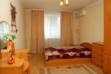 Сдается 2-комнатная квартира посуточнов Донецке, улица Челюскинцев, 127.
