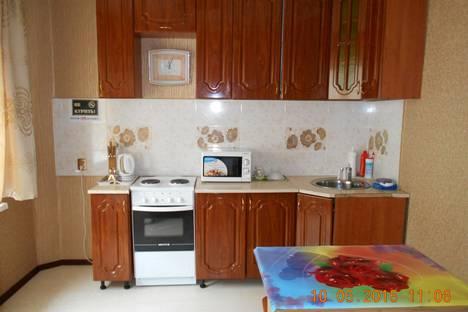 Сдается 2-комнатная квартира посуточно в Южно-Сахалинске, Комсомольская улица 295Б.