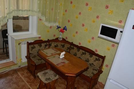 Сдается 1-комнатная квартира посуточнов Белгороде, ул. Есенина, 38.