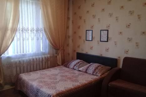 Сдается 1-комнатная квартира посуточно в Омске, улица Богдана Хмельницкого, 40.