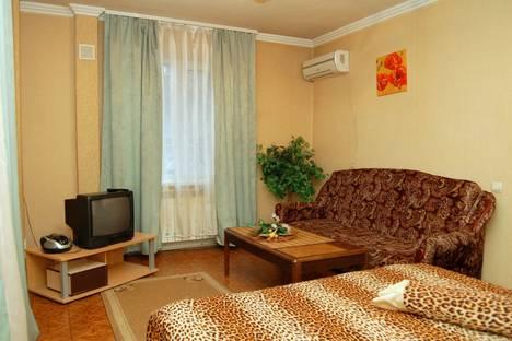 Сдается 1-комнатная квартира посуточно в Макеевке, мкр. Центральный,7.