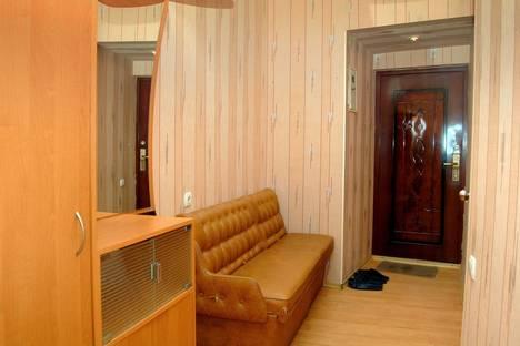 Сдается 1-комнатная квартира посуточнов Макеевке, улица Московская 37.
