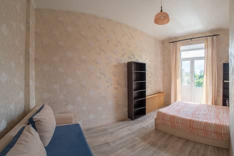 Сдается 2-комнатная квартира посуточнов Нижнем Новгороде, улица Максима Горького, 162.