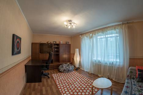 Сдается 2-комнатная квартира посуточнов Нижнем Новгороде, улица Белинского, 47.