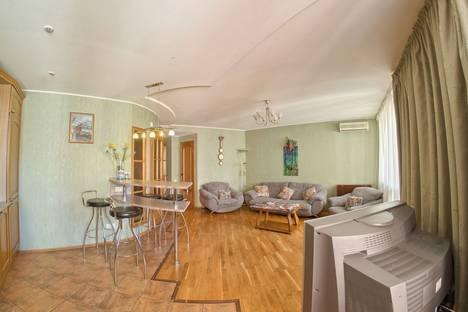 Сдается 2-комнатная квартира посуточнов Нижнем Новгороде, улица Полтавская, 47.