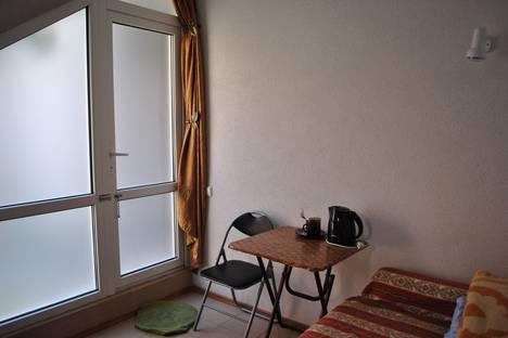 Сдается 1-комнатная квартира посуточно в Ялте, Крым,17 улица Пушкинская.