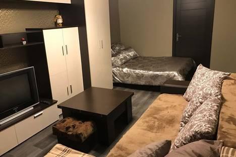 Сдается 1-комнатная квартира посуточнов Воронеже, улица Челюскинцев дом. 140.