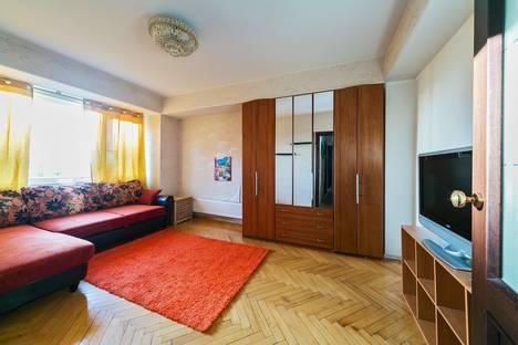 Сдается 2-комнатная квартира посуточнов Домодедове, Ленинский проспект 94А.