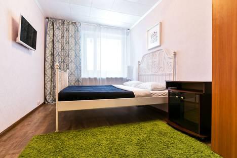 Сдается 2-комнатная квартира посуточно, улица Строителей, 9.