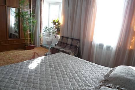 Сдается 3-комнатная квартира посуточнов Хмельнике, проспект Свободи 7.